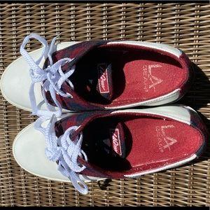 VINTAGE LA GEAR saddle Shoes